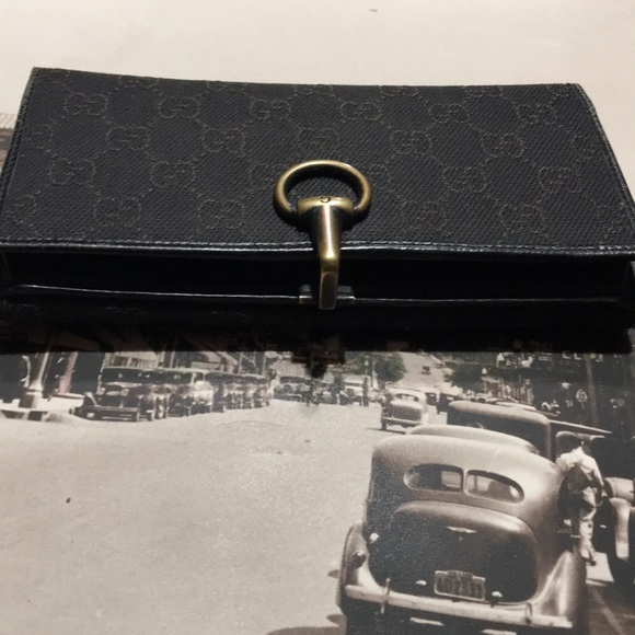 68bbcdb3576b Gucci Bags   Authentic Wallet   Poshmark